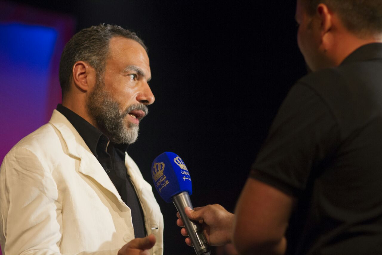 صورة محمد خميس يتألق في مهرجان عشوات طقوس المسرحيات بالاردن