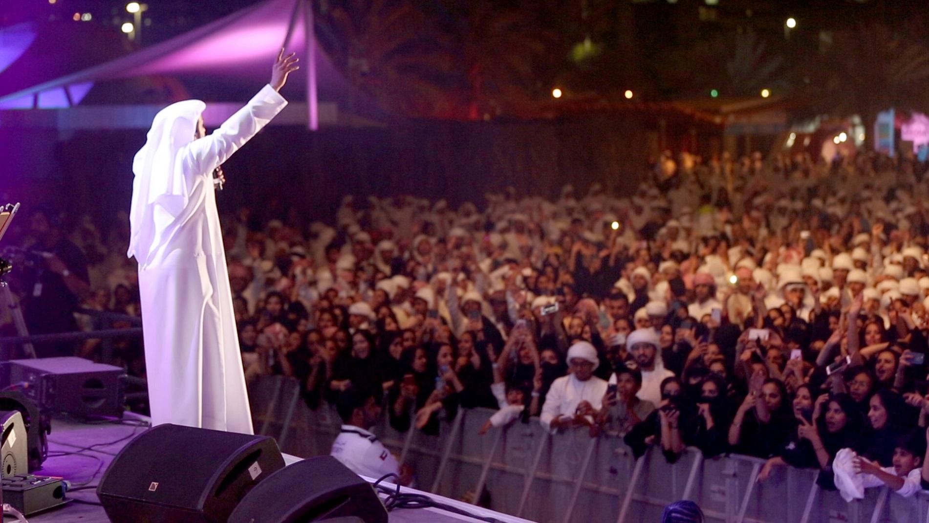 صورة صوت الإمارات عيضة المنهالي يشعل اجواء أبو ظبي