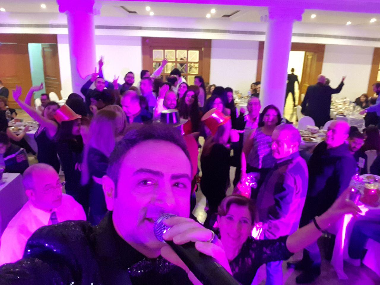 صورة باسل عيد استقبل العام بفندق ريفييرا بيروت