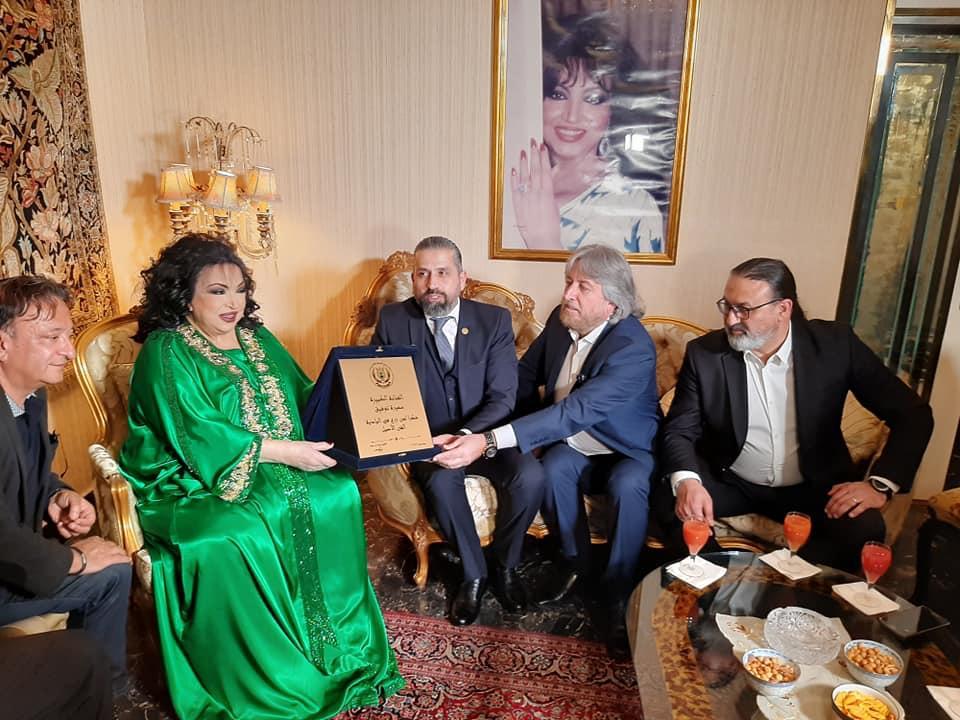 صورة نقابة محترفي الموسيقي والغناء تنصب سميرة توفيق رئيسة شرفية للنقابة