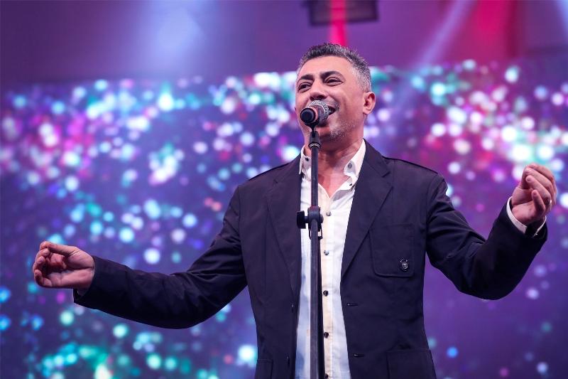صورة صوت العروبة عمر العبدلات ولطيفة وعمرودياب  بفندق الماسة